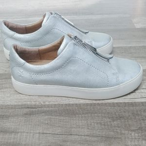 Frye Lena Zip Low Silver Sneakers, size 8